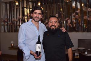 30032019 CENA MARIDAJE.  Carlos Fink y Javier Nava fueron los anfitriones del evento culinario.