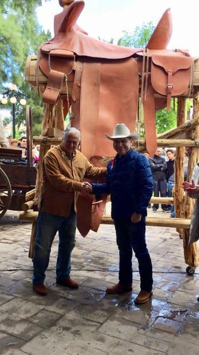 El secretario de Turismo Federal, Torruco Marqués, hizo referencia al valor histórico de Múzquiz como tierra de cabalgatas, iniciadas en 1919 por Francisco Villa.