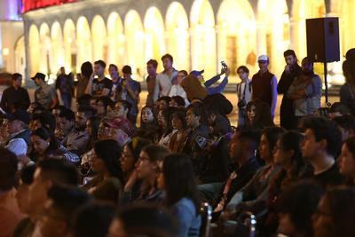 Con esta fusión de artes inició la fiesta cinematográfica a celebrarse del 3 al 7 de abril.