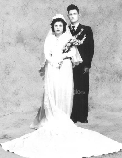 Leonor García y Leopoldo Reyes en 1949.