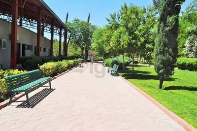 El parque Fundadores tiene una extensión de cuatro hectáreas, las cuales, son aprovechadas principalmente por los habitantes de las colonias aledañas.