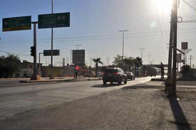 En distintos puntos de la ciudad se registran congestionamientos viales debido a las desviaciones que requiere la obra, esto es a la altura de la calzada José Vasconcelos.