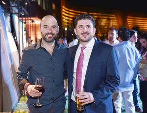 Carlos y Roberto