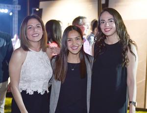Fernanda, Lucia y Gisela