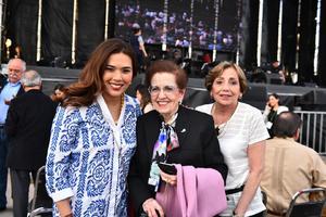 Lorena Gonzalez, Carmelita de Gonzalez y Maru Gutierrez