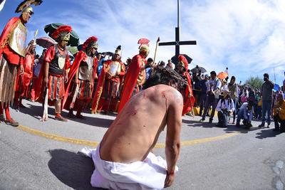 Representaron la Pasión de Cristo.