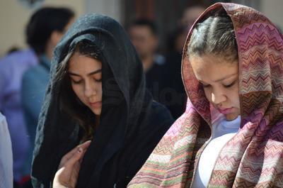 La representación estuvo coordinada por el padre Jesús Gaona Moreno.