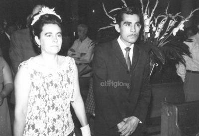 Amparo Garza de Mora (f) y Miguel Rosales (f) en 1970.