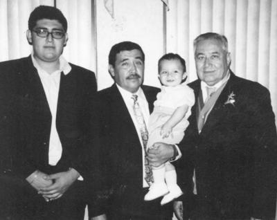 Cuatro generaciones: Óscar, Gerardo, Gerardo y Héctor Rimada.