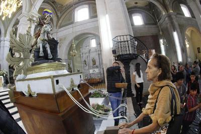 El nombramiento del Santo Patrono se dio en medio de una creciente desesperación por los crecientes índices de mortandad por la picadura de los arácnidos.