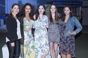 Katya Martínez, Lola García, Cointa Sotoluján y Valeria Nahle con Grethel Romo