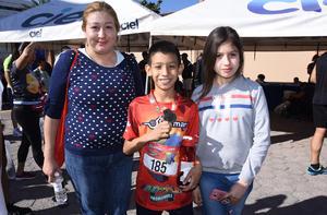 Sandra Lorena, Lorena Dayana y Luis Leonardo