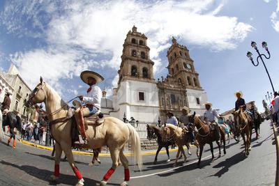 Los caballos se adueñaron de las calles de la ciudad.