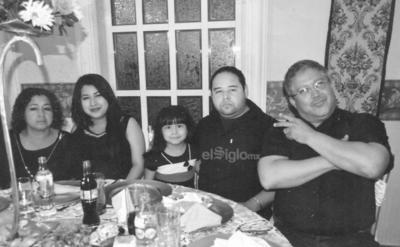 Familia Plata Rosales.