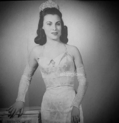 Celebrando la vida de la Srita. Coahuila 1950, Alma Ponche Wichel's Vda. de Cuadros, quien dejara su cuerpo físico el 24 de abril de 2019. ¡El cielo está de fiesta para recibir a nuestra reina lagunera!