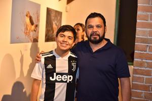 01042019 ADMIRAN EXPOSICIóN.  Emiliano y Héctor.