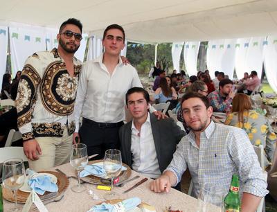 Cristian Bechelani, Carlos Bechelani, Alonso Campa y Diego Wallander.