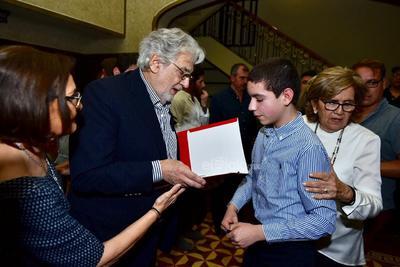 Erick Sotomayor Ruiz  Rueda prensa placido domingo