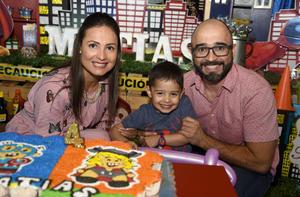 03042019 EN FAMILIA.  Liliana, Matías y Aarón.