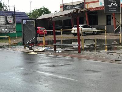 Por lo que las autoridades municipales comenzaron con la recolección de los escombros.