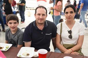06042019 Tomás Regueiro, Marcelo Regueiro y Ana Claudia Baca.