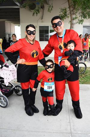 06042019 Emma, Ivanna, Josué y Jessy González Serrato.