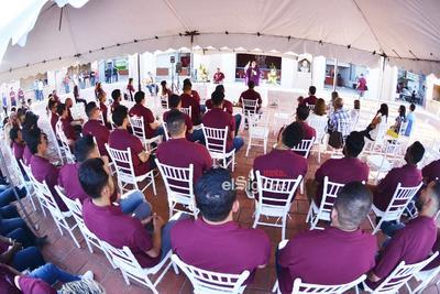 Los jugadores estuvieron presentes en la misa previa al arranque de la campaña.