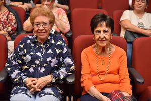 09042019 María Antonieta y Georgina.