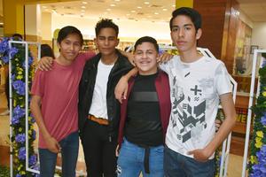 09042019 Víctor, Saúl, Alejandro y Alan.