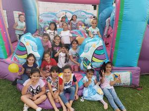 09042019 DIVERTIDA CELEBRACIÓN.  Olga Martínez con sus amiguitas en su fiesta de cumpleaños.