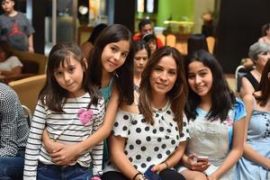 10042019 Blanca, Regina, Paola y Romina.
