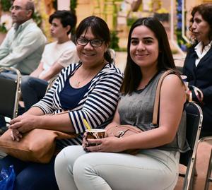 10042019 CONTENTAS.  Adriana y Alondra.