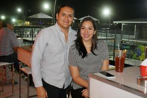 11042019 Gerardo y Jussy.