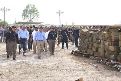 El evento fue presidido por el gobernador del estado de Coahuila Miguel Ángel Riquelme Solís y el alcalde de Torreón Jorge Zermeño Infante.
