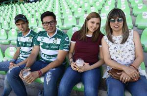 12042019 Luis Mario, Fernando, Marianne y Marcela.