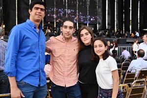 Antonio, Gil, Sofia y Luisa
