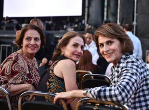 Cristina, Mayosa y Tere
