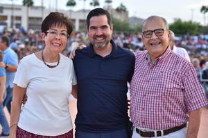 Maria Eugenia, Oswaldo e Ismael
