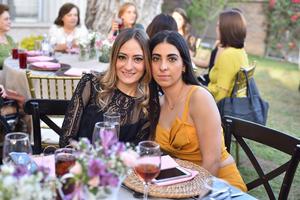 Jackie y Daniela