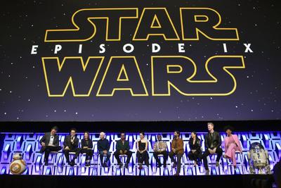 Tal como lo reveló Bob Iger, director de Disney, Episodio IX será la última película de Star Wars, de la cual se han revelado las primeras imágenes durante una celebración en el McCormick Center de Chicago.