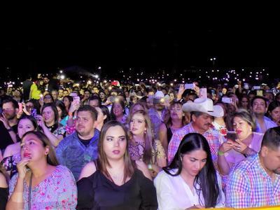 No sólo acudieron laguneros, pues también hubo público de otros sitios, como Durango o Monterrey.