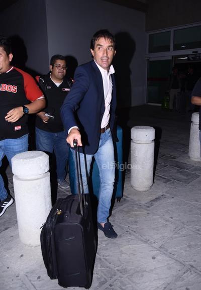 Guillermo Almada ya está en Torreón