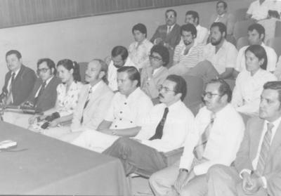 Jesús Sotomayor, Sergio García, Octavio Orellana y Enrique Canales en 1982 en la Facultad de Derecho.