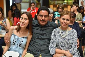 10042019 Celeste, Carlos y Marina.