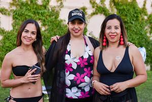 14042019 FIESTA DE DESPEDIDA.  Sandra, Amanda y Alondra.