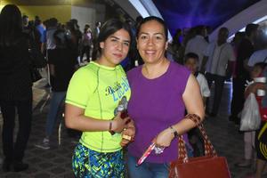 16042019 Alejandra y Cecilia.