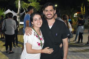 16042019 Brenda y José Luis.