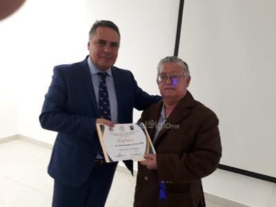 Dr. Javier Fernando Antezana Castro y Dr. Armando de Pablos Gómez.