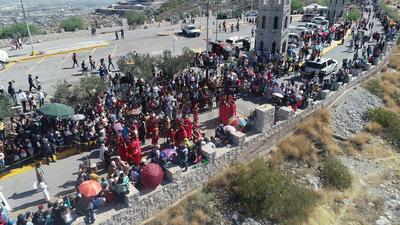 Miles acudieron al Santuario del Cristo de las Noas.