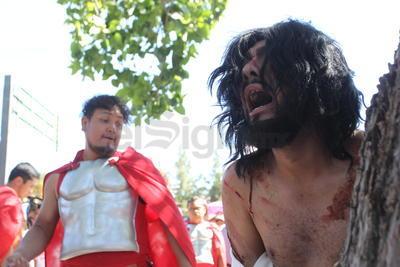 Duranguenses viven la pasión y muerte de Jesucristo